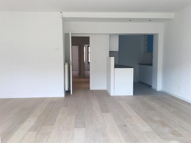 40 Rue Mercelis Ixelles,1050,2 Slaaplamers Slaaplamers,2 Kamers Kamers,1 BathroomBadkamers,Apartment,Rue Mercelis,2,3767220
