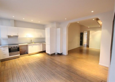 112 Avenue Coghen Uccle,1180,2 Bedrooms Bedrooms,2 Rooms Rooms,1 BathroomBathrooms,Apartment,Avenue Coghen,2,3840252