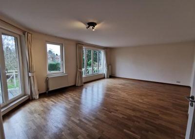 40 Avenue Jean Van Horenbeeck Auderghem,1160,3 Chambres à coucher Chambres à coucher,3 Pièces Pièces,2 Salle de bainSalle de bain,Appartement,Avenue Jean Van Horenbeeck,2,3909194
