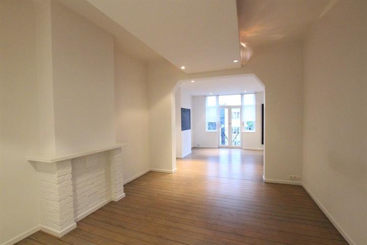 112 Avenue Coghen Uccle,1180,2 Chambres à coucher Chambres à coucher,2 Pièces Pièces,1 la Salle de bainSalle de bain,Appartement,Avenue Coghen,2,3981200